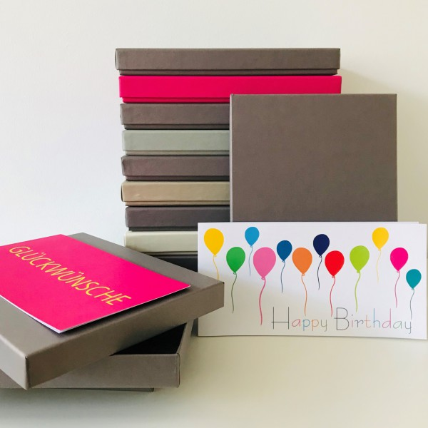 In brown glow: Stabile Schachtel mit Deckel als Geschenkbox o. Fotobox - original artoz PURE Box A5
