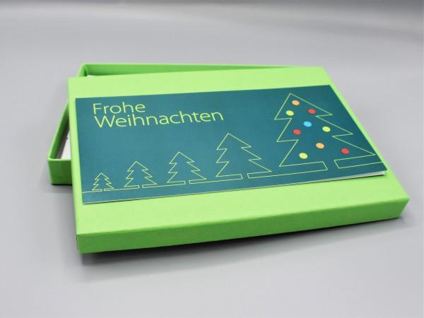 """10 besondere Grußkarten in der artoz Pure Box A5 in hellgrün """"maigrün"""" """"Begleiter durch das Jahr 2"""""""