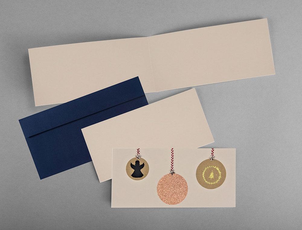 Weihnachtskarte_Weihnachtsbaumkugel_Kupfer_Engel_Baum_Innenansicht_grusskartenOW50j25UNaEsU