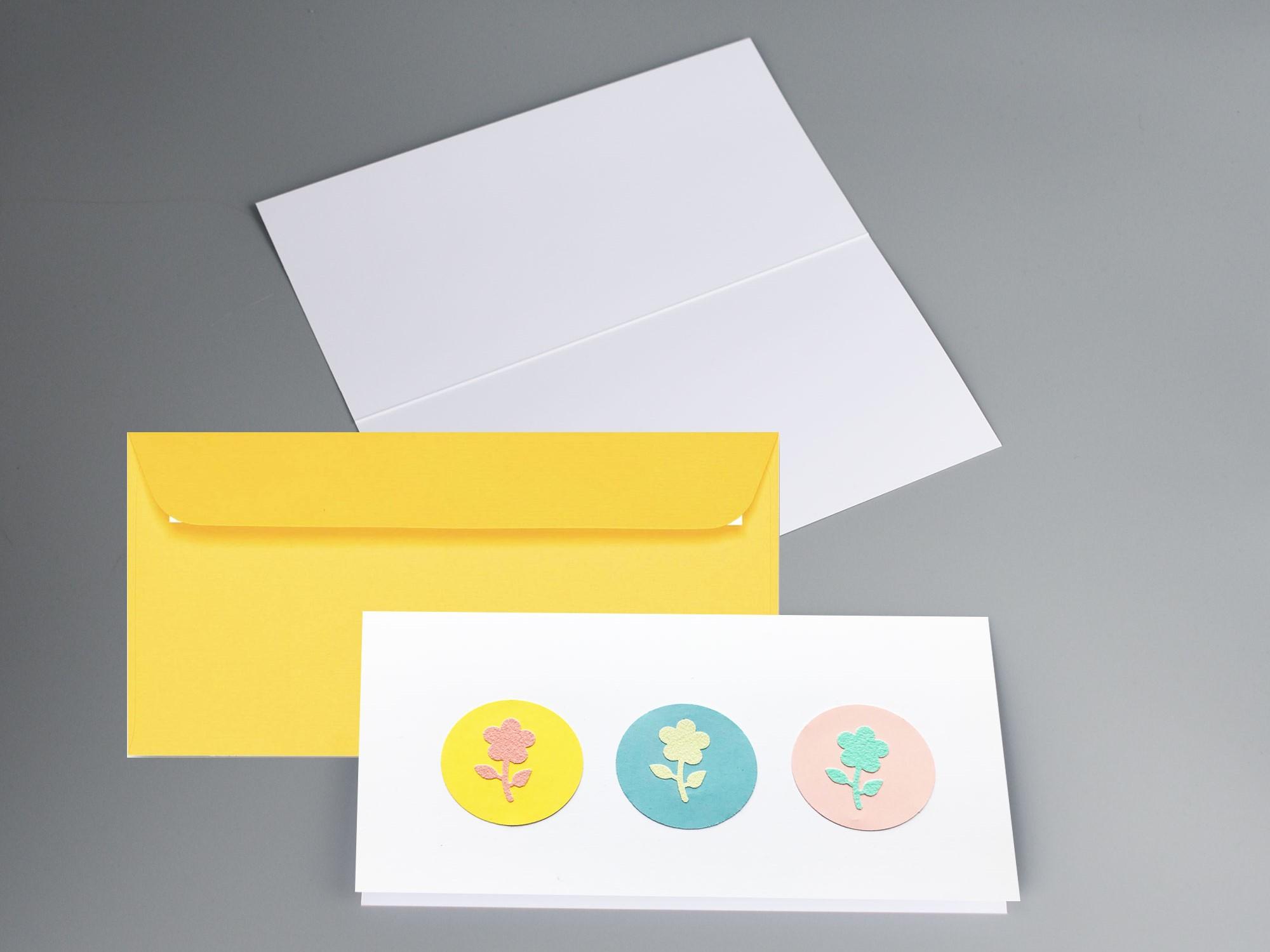 Blumengruesse_Glueckwunschkarte_Geburtstag_Wuensche_Muttertag_sonnengelb-artoz-kuvert_handmade_innen-und-aussenxTRMrfkqhpByo
