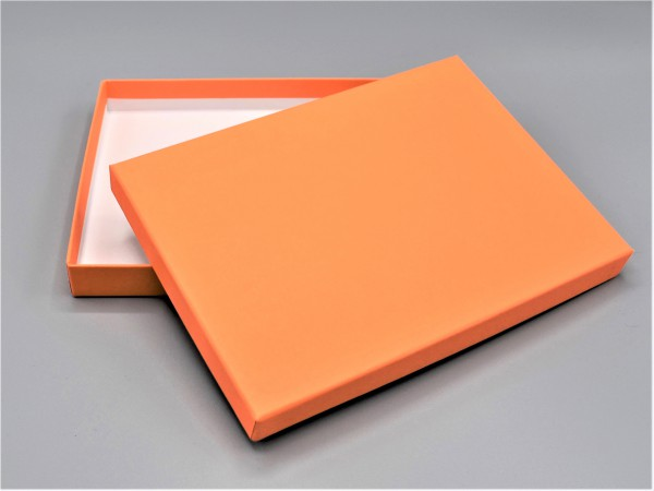 In mandarin: Stabile Schachtel mit Deckel als Geschenkbox oder Fotobox - original artoz PURE Box A5