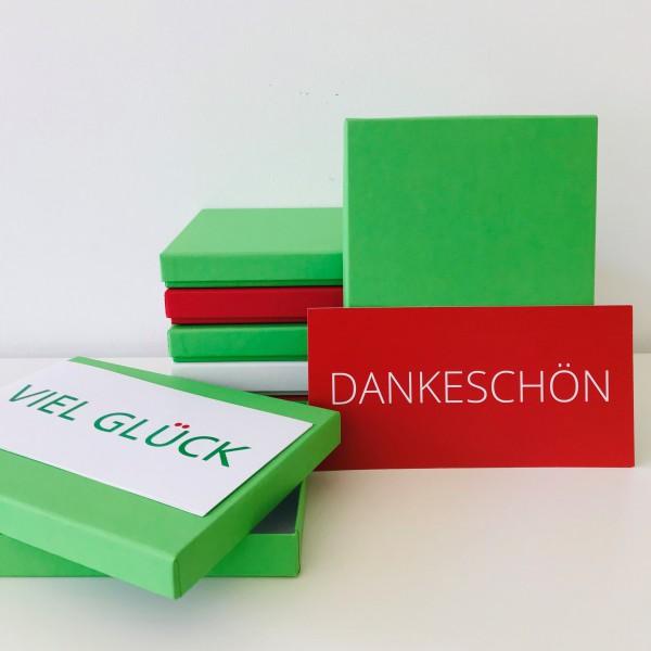 In maigrün: Stabile Schachtel mit Deckel als Geschenkbox oder Fotobox - original PURE Box A5