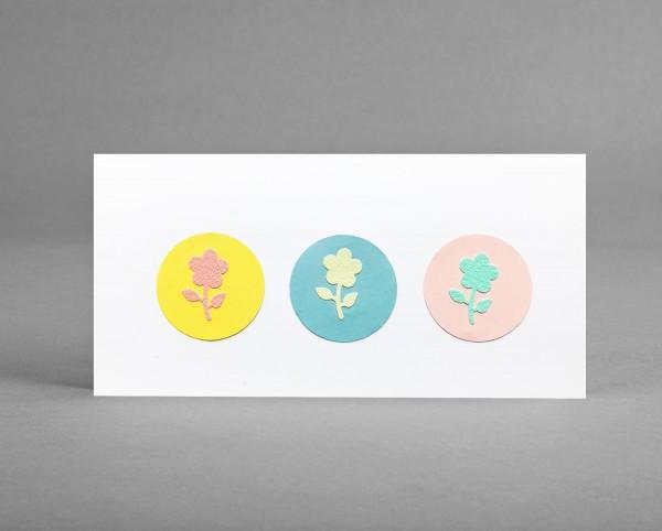 BLUMENGRÜSSE: Glückwunschkarte mit 3 Glitter-Blumen inkl. Kuvert